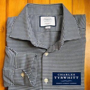 Charles Tyrwhitt Extra Slim Fit Non-Iron Shirt